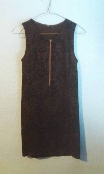 Foto Carousel Producto: Vestido color negro sin manga GoTrendier