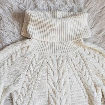 Foto Carousel Producto: Suéter Express GoTrendier