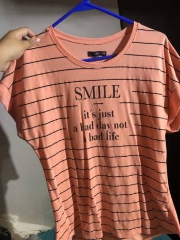 Foto Carousel Producto: Blusa básica smile  GoTrendier