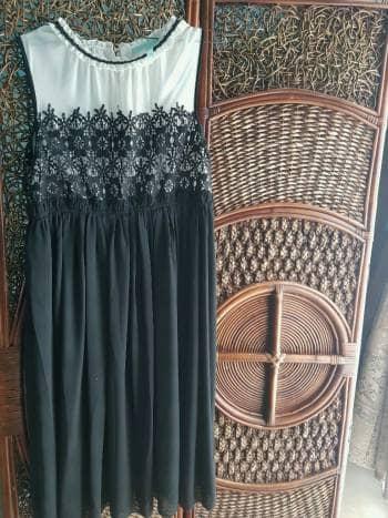 Foto Carousel Producto: Hermoso vestido de guipiur GoTrendier