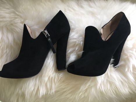 Foto Carousel Producto: Zapatos ante Giorgio Armani GoTrendier