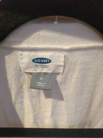 Foto Carousel Producto: Suéter *2×1* blanco Old Navy GoTrendier