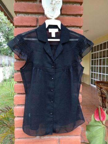 Foto Carousel Producto: Blusa Negra Traslúcida GoTrendier