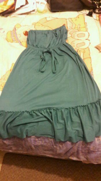 Foto Carousel Producto: Vestido verde con holanes GoTrendier