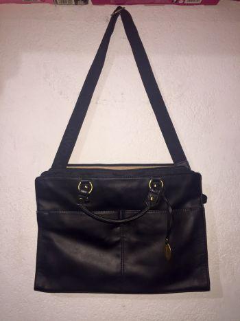Foto Carousel Producto: Bolso casual negro GoTrendier