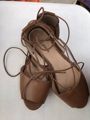 Foto Carousel Producto: Zapatos super lindos con cordones GoTrendier
