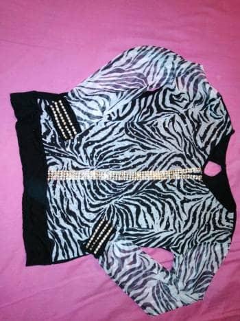Foto Carousel Producto: Blusa brillante  GoTrendier