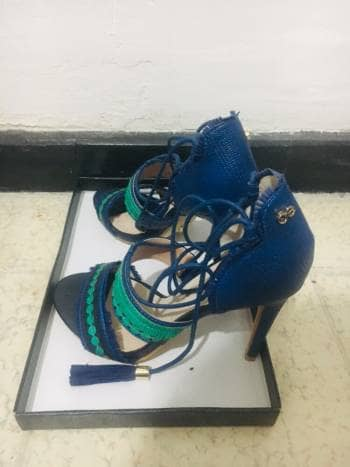 Foto Carousel Producto: Zapatillas CLOE GoTrendier