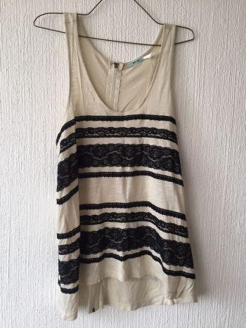 Foto Carousel Producto: Blusa con encaje causal GoTrendier
