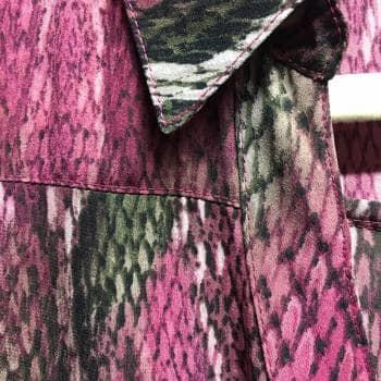 Foto Carousel Producto: Blusa animal print fucsia GoTrendier