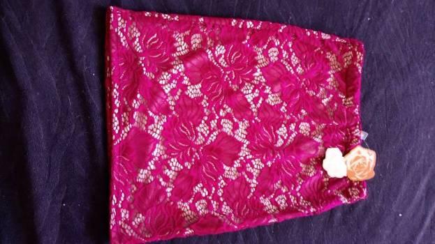 Foto Carousel Producto: Preciosa falda strech color vino GoTrendier