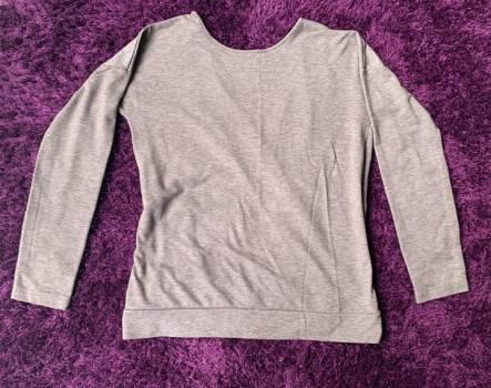 Foto Carousel Producto: 2x1 Blusa escote V en espalda GoTrendier