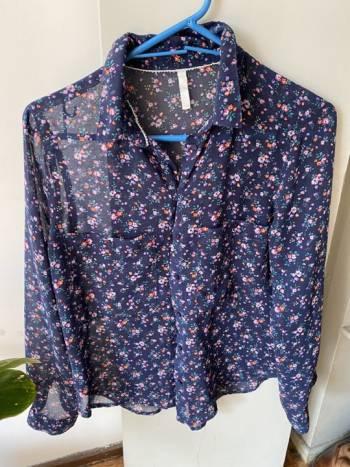 Foto Carousel Producto: Blusa floreada ?? GoTrendier