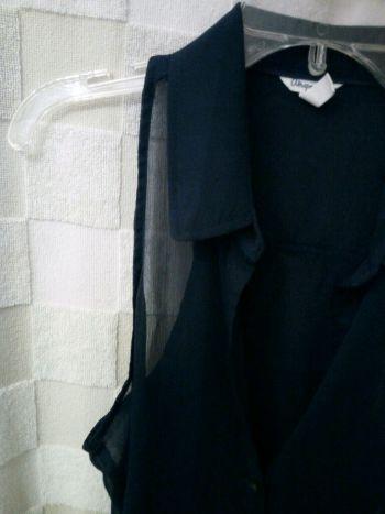 Foto Carousel Producto: Blusa sin mangas azul marino GoTrendier