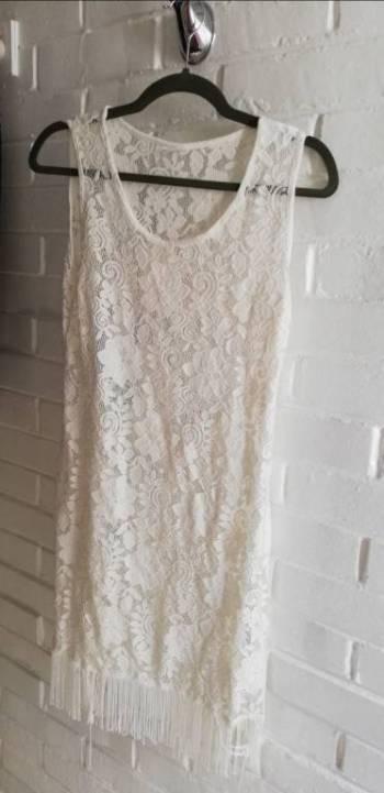 Foto Carousel Producto: Vestido de playa pareo blanco encaje GoTrendier