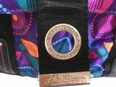Foto Carousel Producto: Bolsa de hombro tamaño mediano Lily Bloom GoTrendier