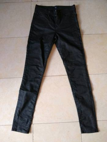 Foto Carousel Producto: Pantalón negro Gap nuevo✨ GoTrendier