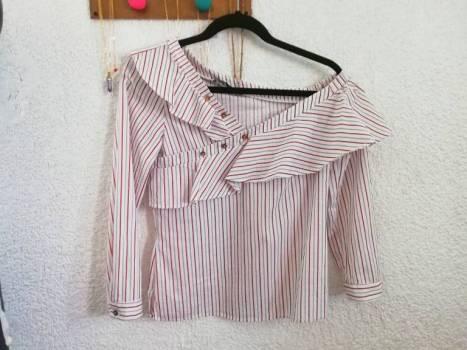 Foto Carousel Producto: Camisa asimetrica GoTrendier