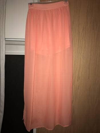 Foto Carousel Producto: Falda color rosa/durazno GoTrendier