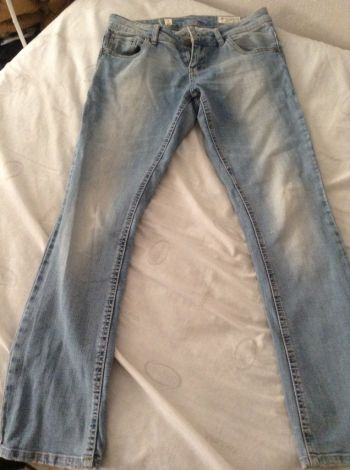Foto Carousel Producto: Jeans deslavados GoTrendier