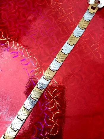 Foto Carousel Producto: Pulsera dorada y plateada GoTrendier