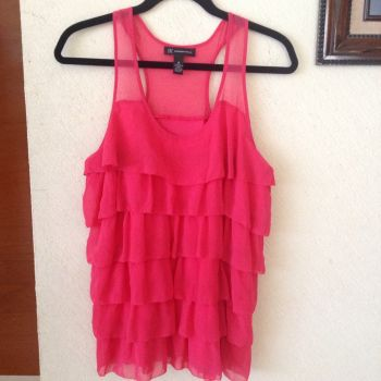 Foto Carousel Producto: Blusa rosada con olanes GoTrendier