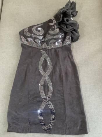 Foto Carousel Producto: Vestido elegante corto  GoTrendier