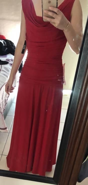 Foto Carousel Producto: Vestido largo rojo NUEVO GoTrendier