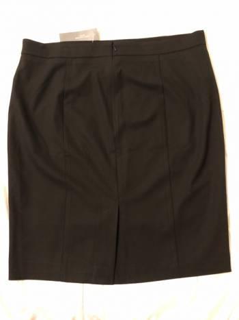Foto Carousel Producto: Falda negra talla 16 GoTrendier
