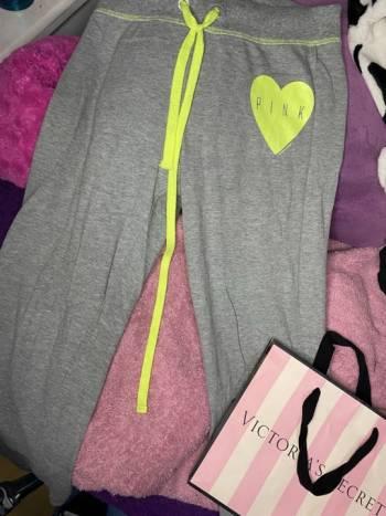 Foto Carousel Producto: Pants pink gris  GoTrendier
