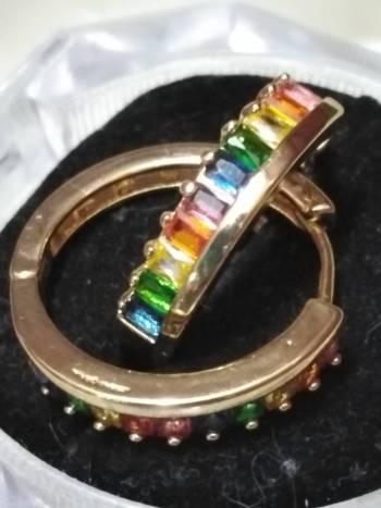 Foto Carousel Producto: Arracadas multicolorBUEN FIN! PRECIO ⬇️ GoTrendier