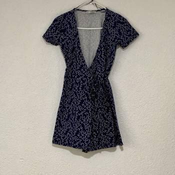 Foto Carousel Producto: Vestido cruzado  GoTrendier