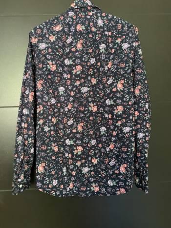 Foto Carousel Producto: Camisa Gap  GoTrendier
