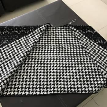 Foto Carousel Producto: Lindo poncho negro UNITALLA GoTrendier