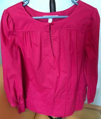 Foto Carousel Producto: Blusa cuello ovalado  abertura de escote GoTrendier