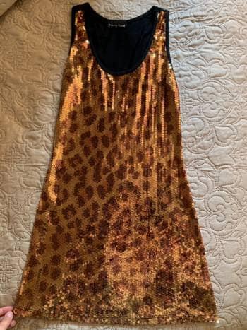 Foto Carousel Producto: Vestido con lentejuelas GoTrendier