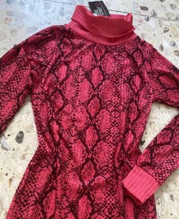 Foto Carousel Producto: Vestido tipo sweater GoTrendier