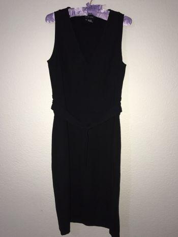 Foto Carousel Producto: Vestido básico negro corte lápiz  GoTrendier