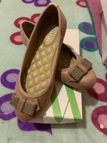 Foto Carousel Producto: Zapato de piso nude de Westies Nine. GoTrendier