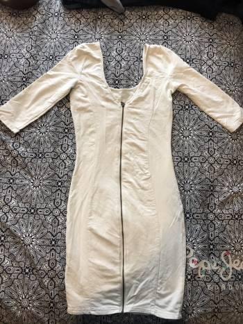 Foto Carousel Producto: Vestido blanco 2x1  GoTrendier