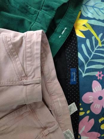 Foto Carousel Producto: Tres Pantalones old navy GoTrendier
