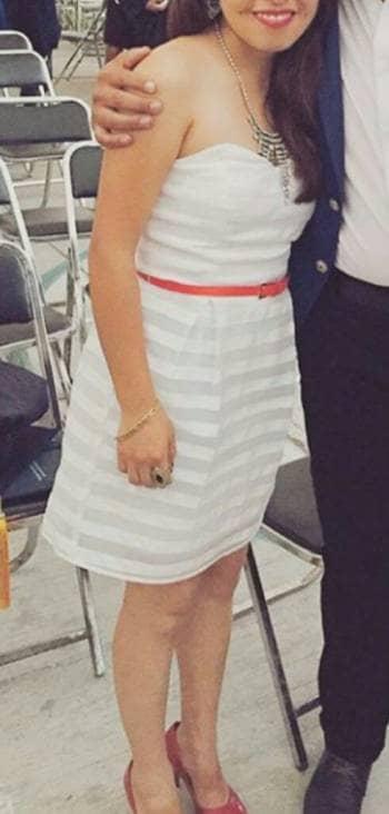 Foto Carousel Producto: Vestido blanco GoTrendier
