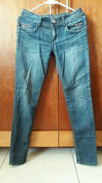 Foto Carousel Producto: Jeans con pedrería  GoTrendier