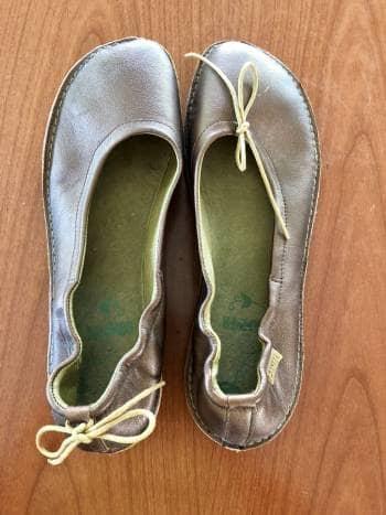 Foto Carousel Producto: Zapatos Camper color cobre GoTrendier