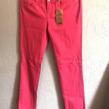 Foto Carousel Producto: Pantalones rosa mex talla 13 americana GoTrendier