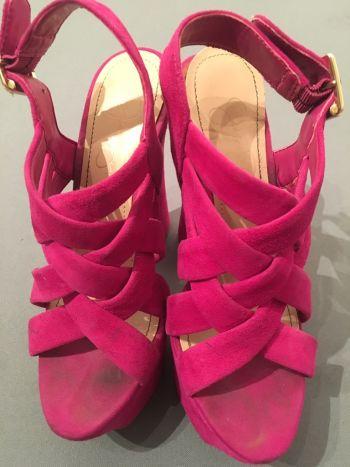 Foto Carousel Producto: Jessica Simpson PETRA heels GoTrendier