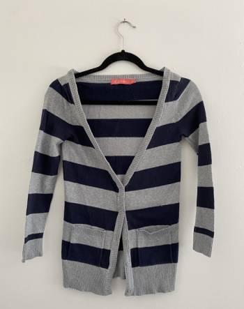 Foto Carousel Producto:  2x1 cosas de $150 Sueter stripes GoTrendier