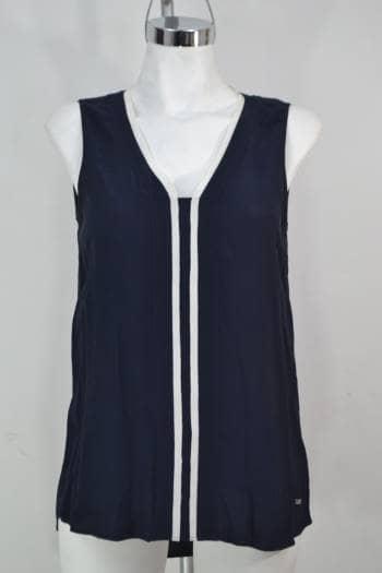Foto Carousel Producto: TOMMY HILLFIGER Blusa Azul, Cuello en V  GoTrendier