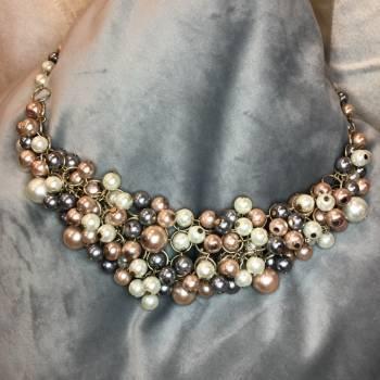 Foto Carousel Producto: 2 por $200 Collar de perlas coloridas GoTrendier