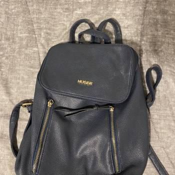 Foto Carousel Producto: Bolso-mochila azul marino / HUSER GoTrendier